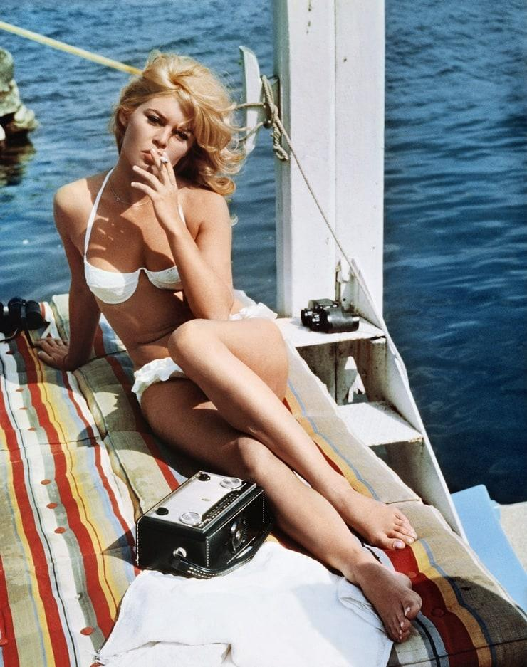 Brigitte Bardot bikini pics