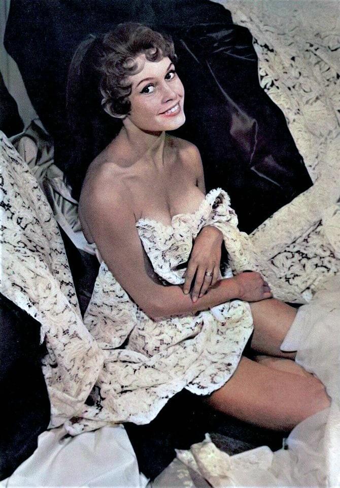 Brigitte Bardot sexy side butt pics