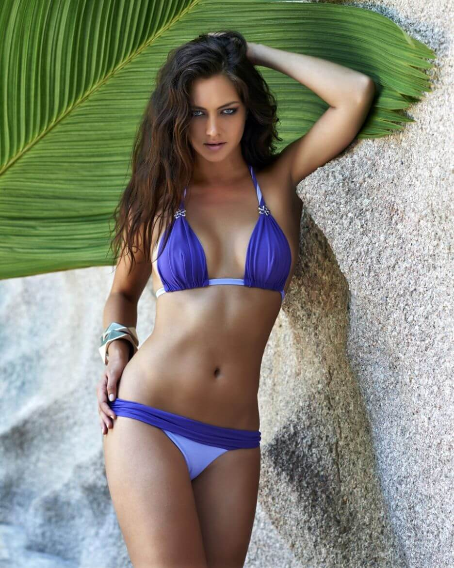 Candice Boucher hot look pic