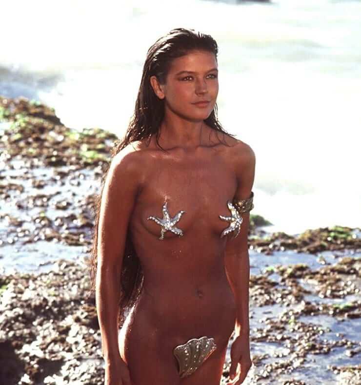 Catherine Zeta-Jones naked pics