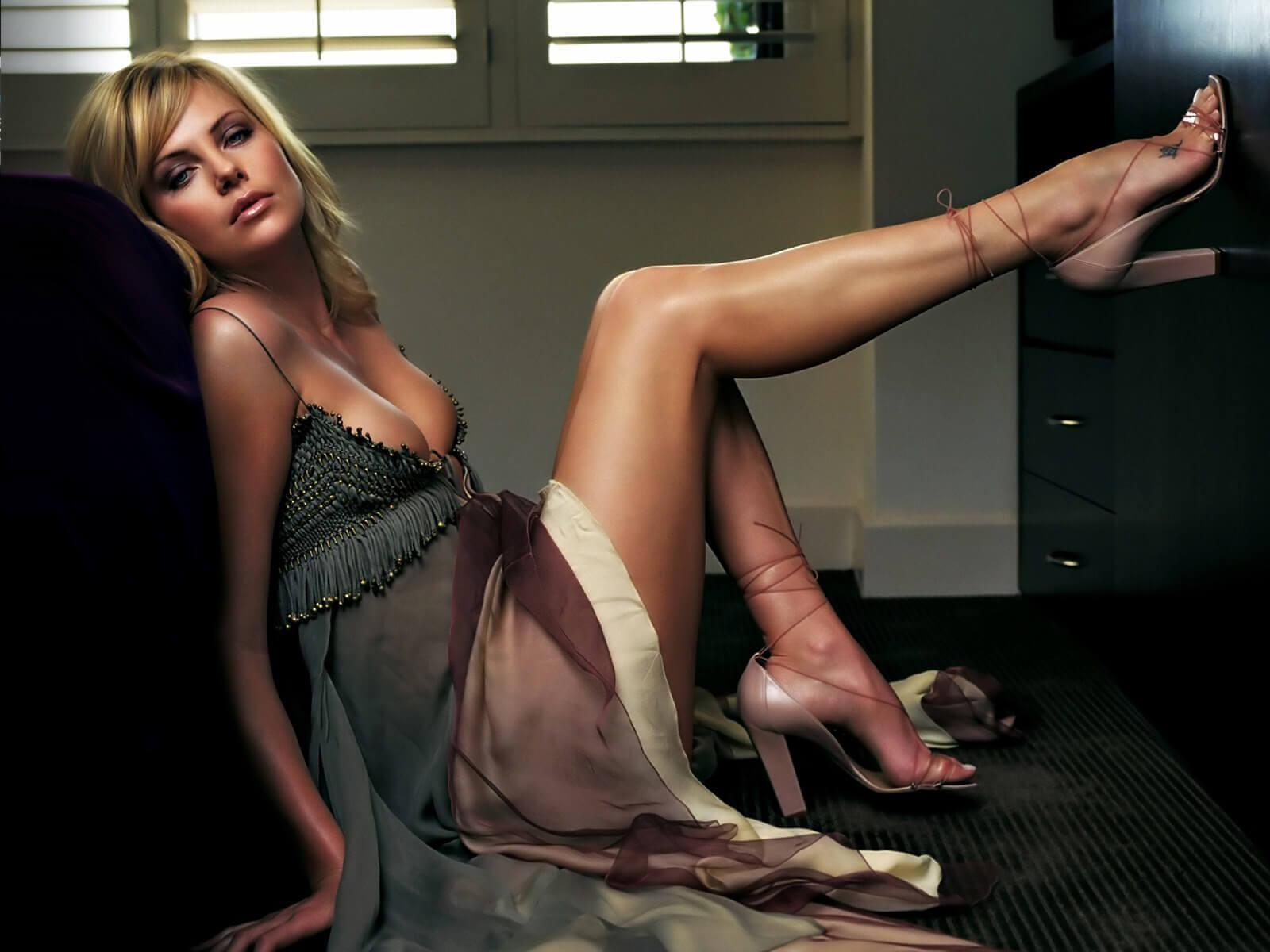 Charlize Theron amazing pics