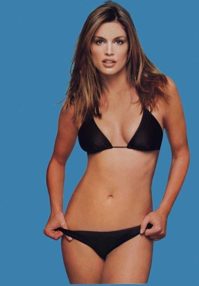 Cindy Crawford bikini pics