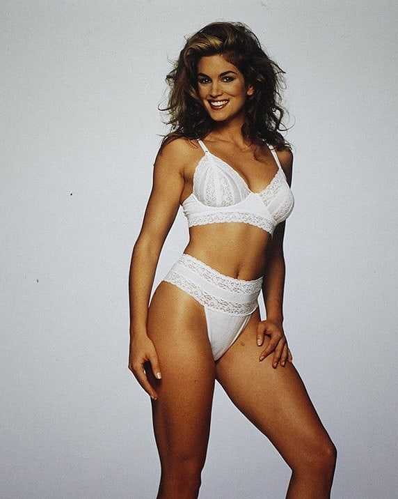Cindy Crawford hot pictures