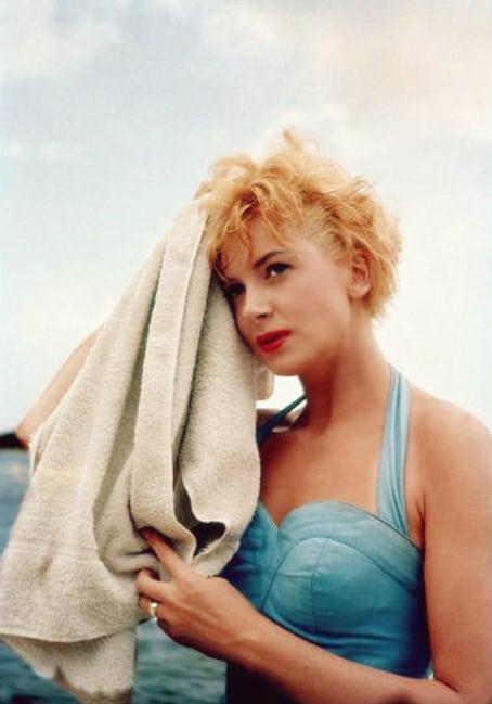 Deborah Kerr hot