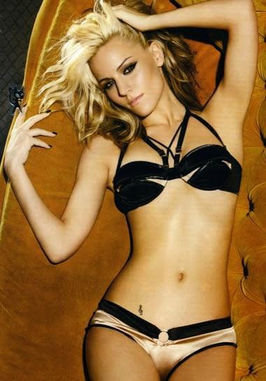 Edurne hot bikini pics