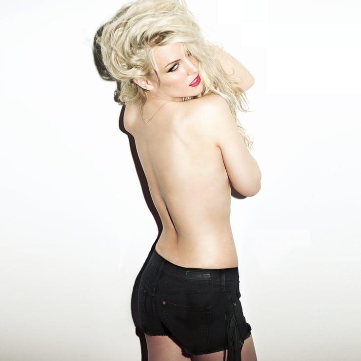 Edurne sexy topless pics
