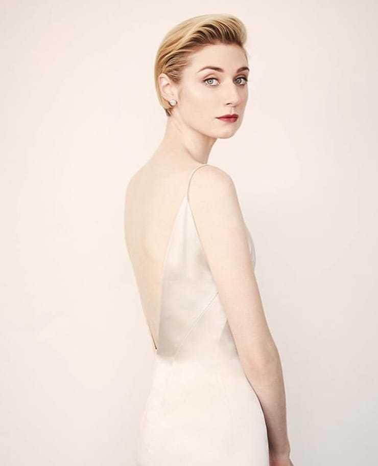 Elizabeth Debicki sexy back pics
