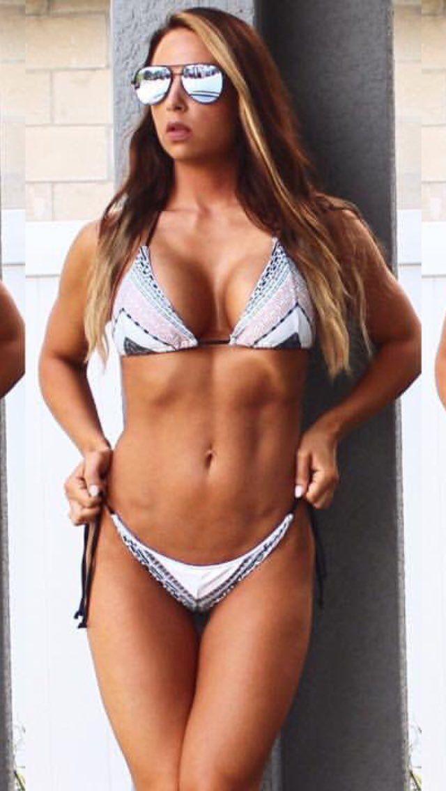 Emma sexy tits pics