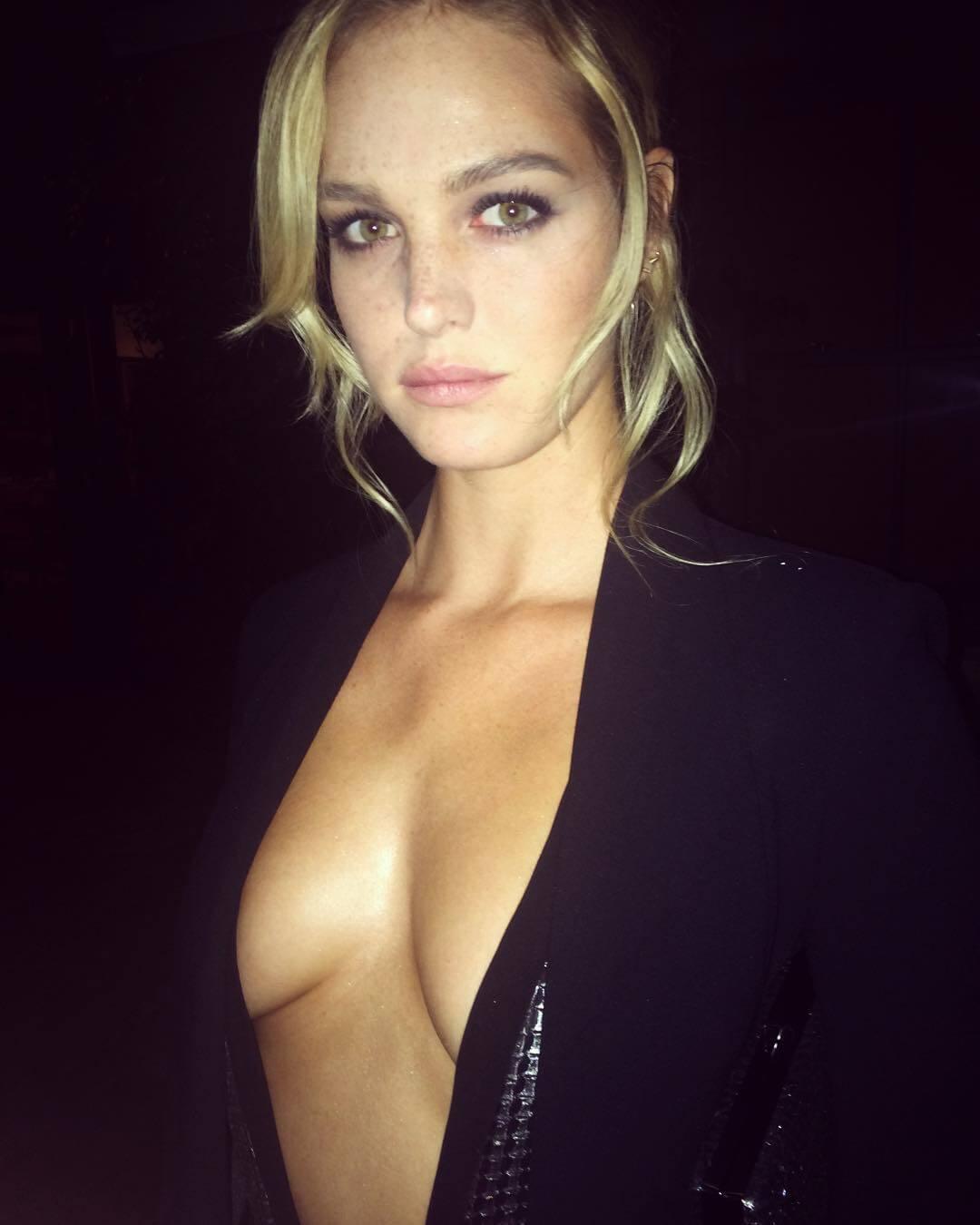 Erin Heatherton sexy cleavage pics