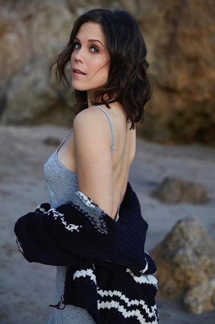 Erin Krakow hot look pic