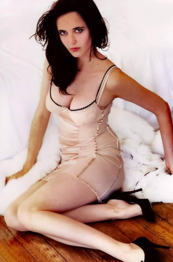Eva Green big booty pics (2)