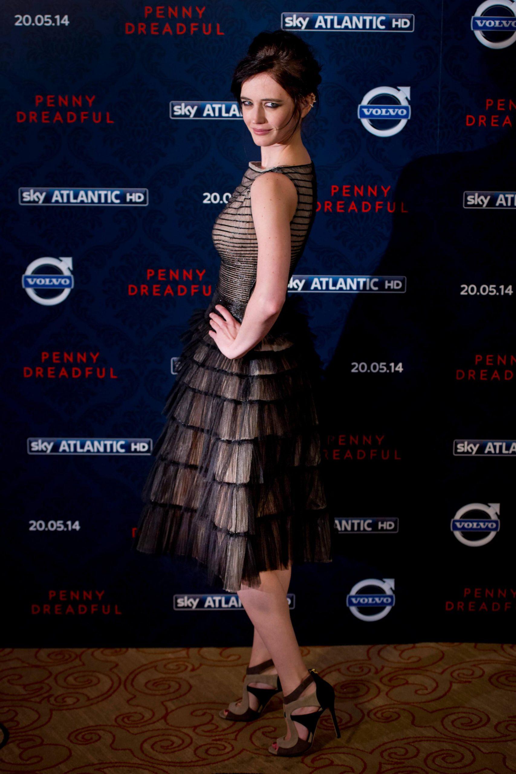 Eva Green hot side ass pics