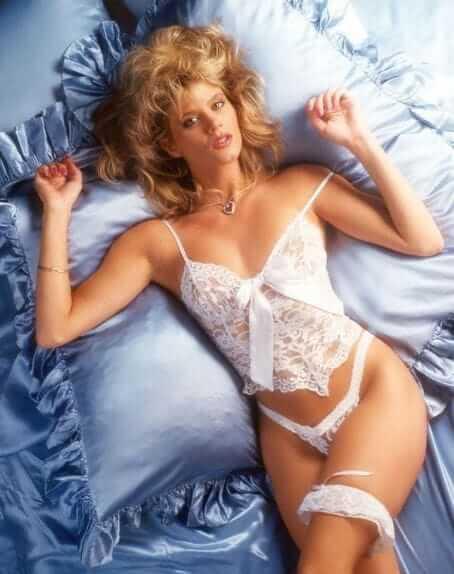 Ginger Lynn Allen sexy look pic
