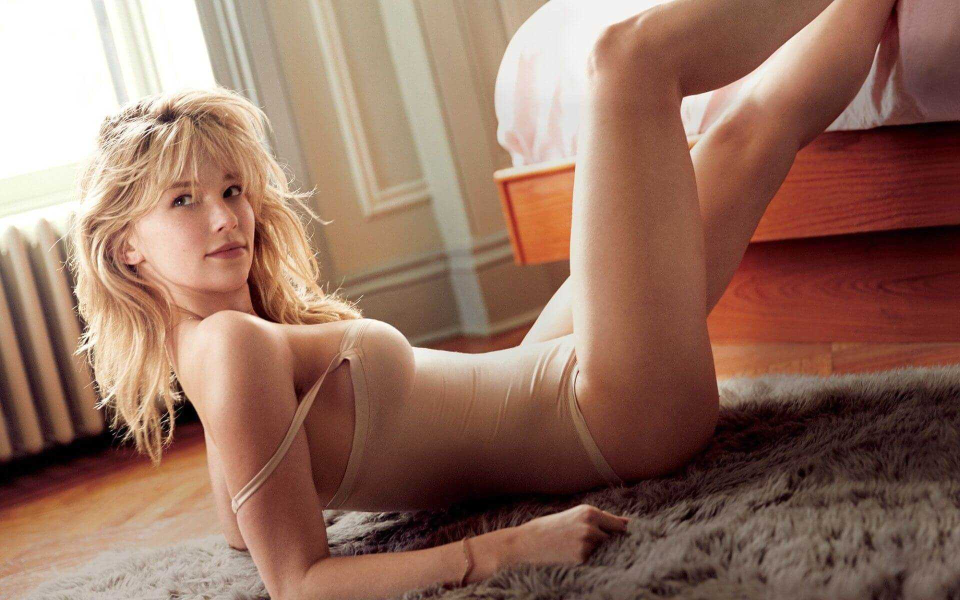 Haley Bennett hot pictures