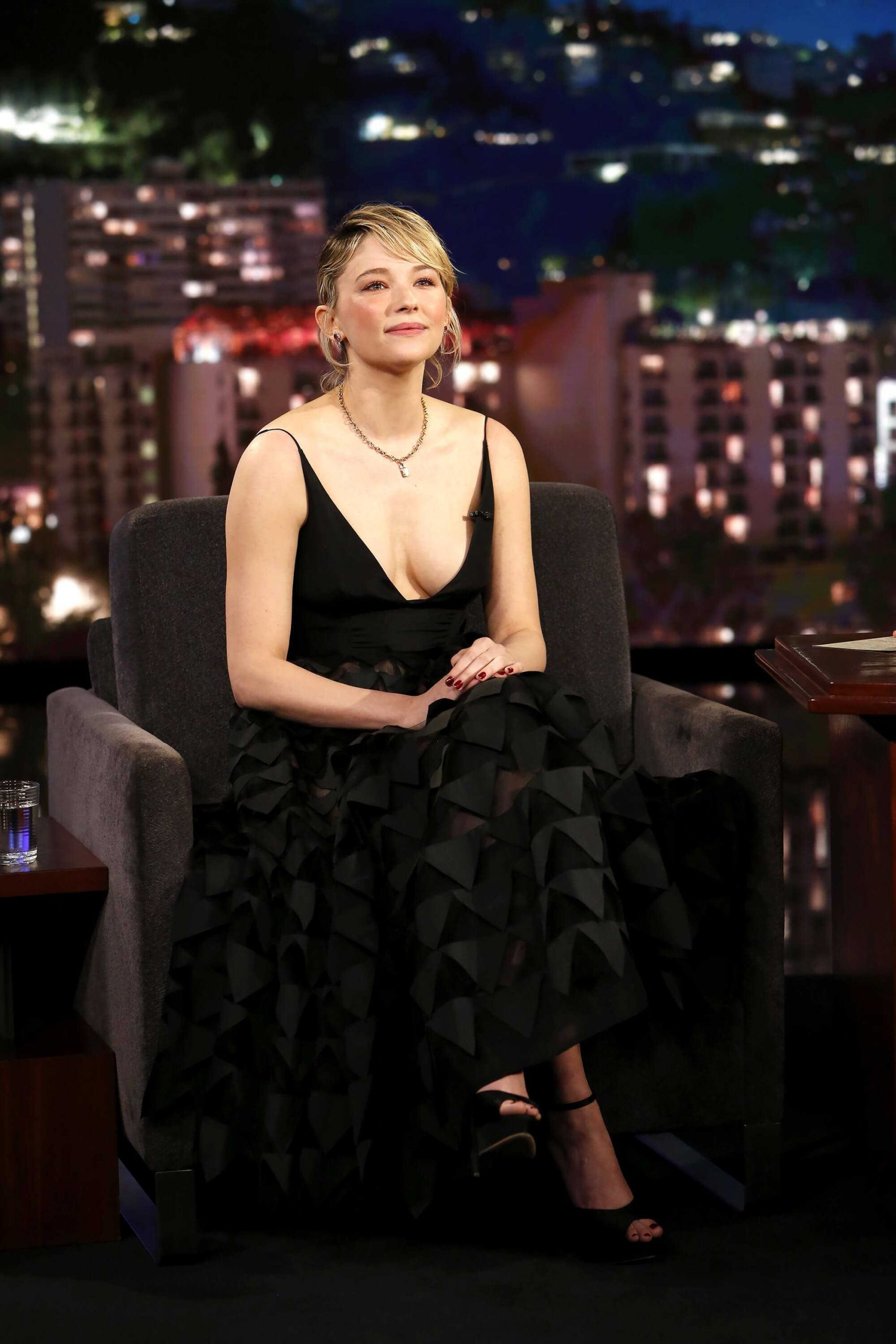 Haley Bennett hot side boobs pictures
