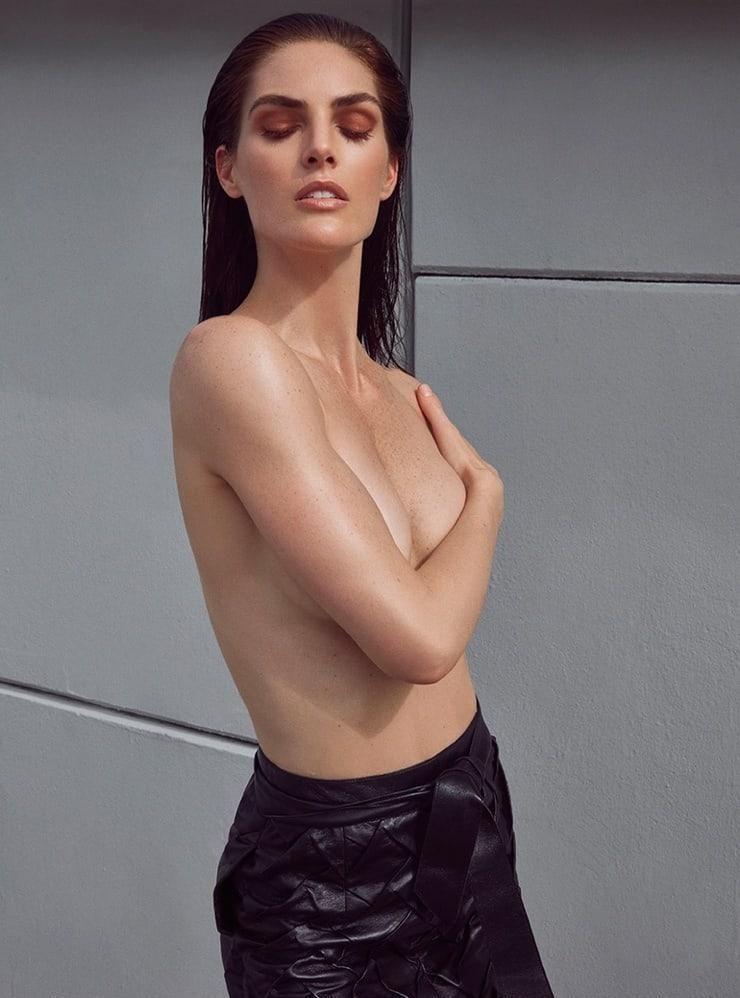 Hilary Rhoda topless pics