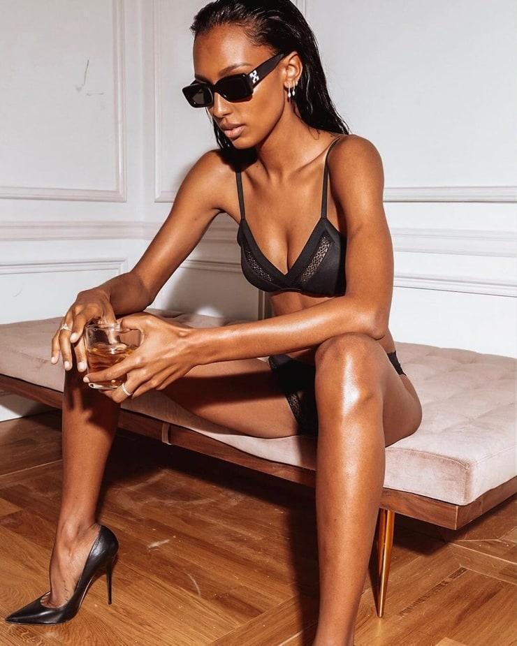 Jasmine Tookes sexy pictures (2)