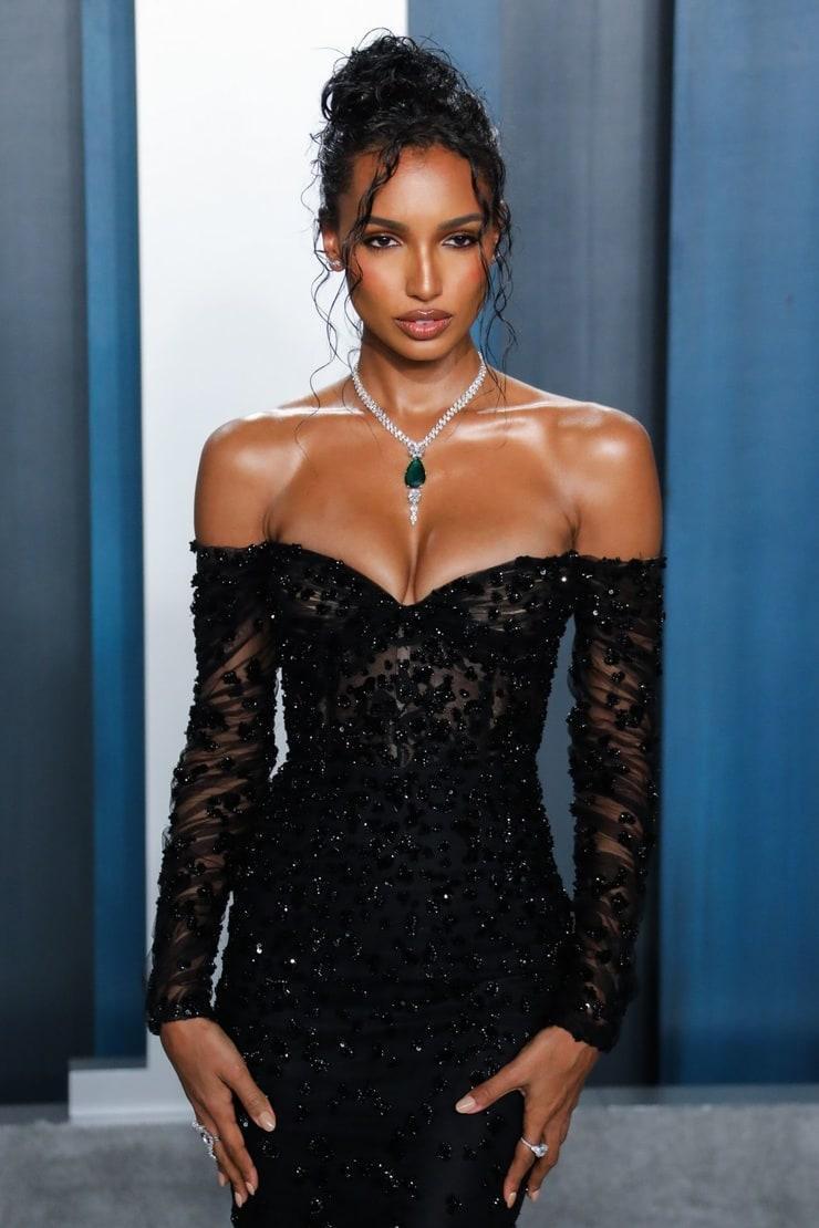 Jasmine Tookes tits pics
