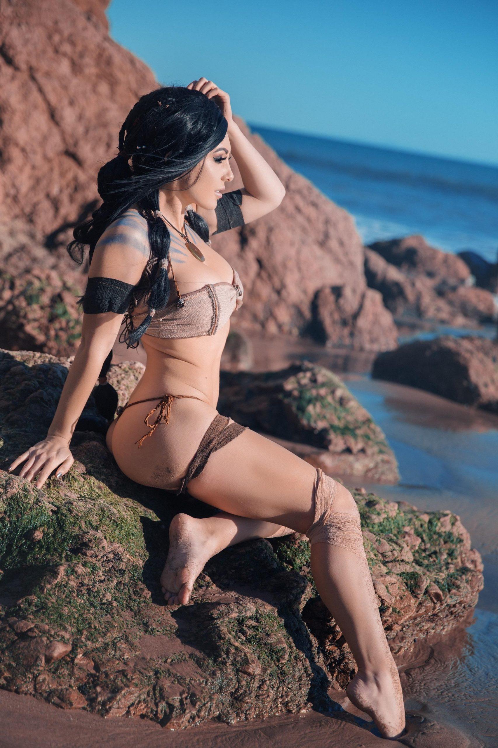 Jessica Nigri sexy look pic