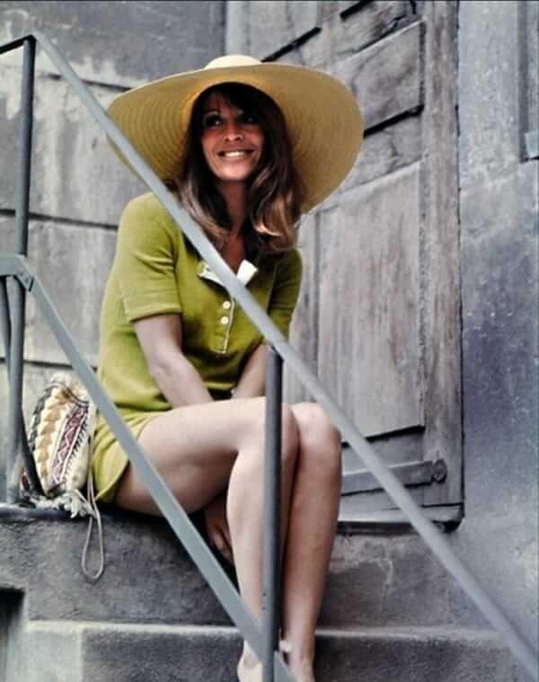 Julie Christie booty pictures