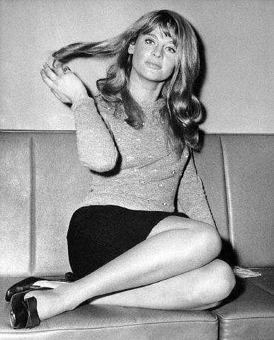 Julie Christie hot ass pics