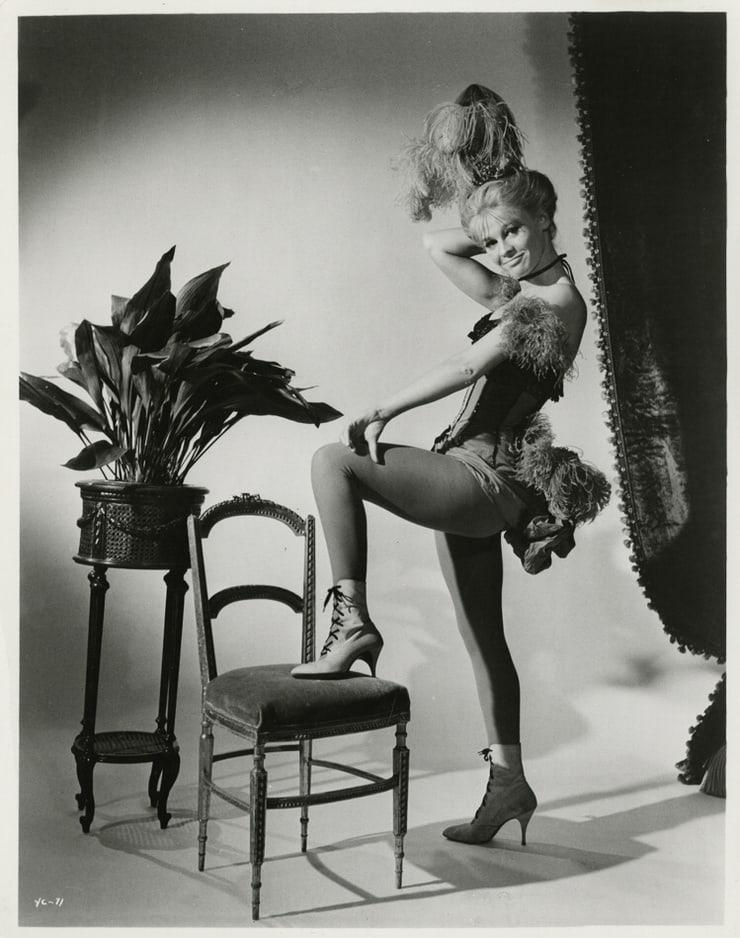 Julie Christie hot butt pics