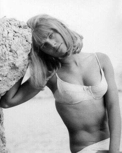 Julie Christie hot look pics