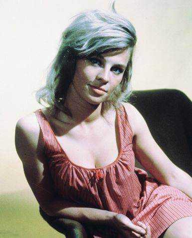 Julie Christie sexy pics