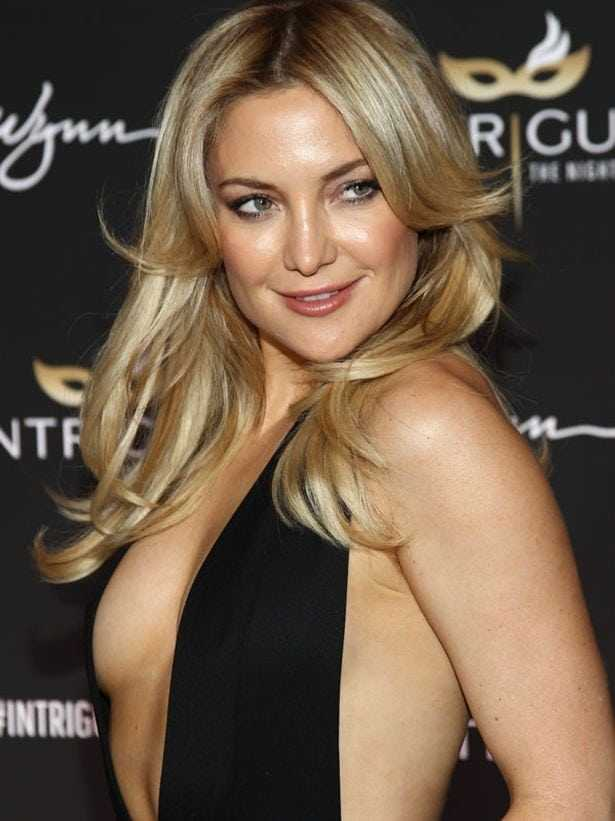 Kate Hudson beautiful boobs pics