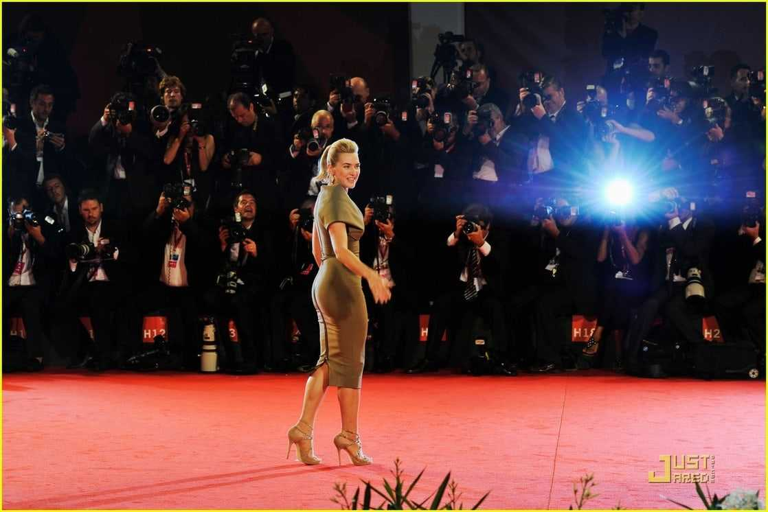 Kate Winslet butt pics (2)