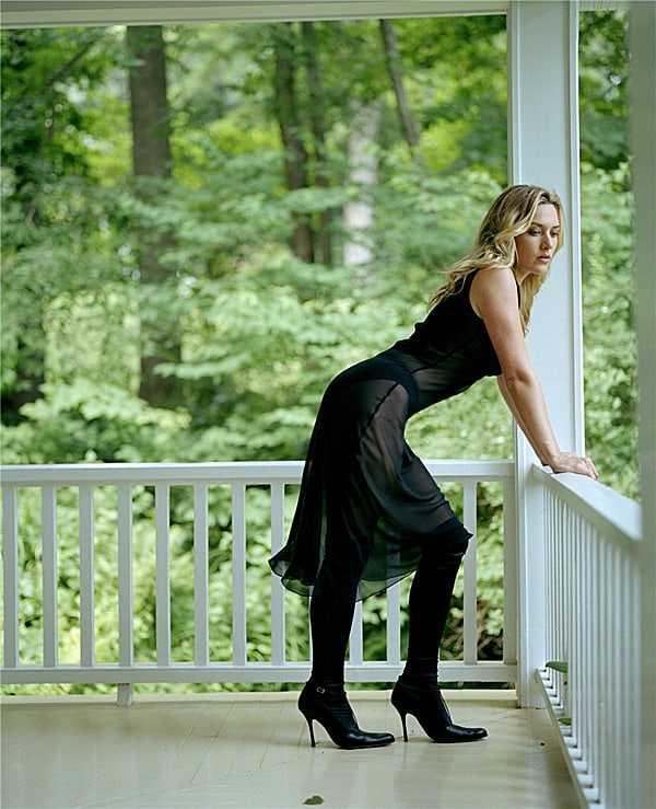 Kate Winslet butt pics