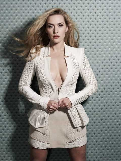 Kate Winslet hot cleavage pics