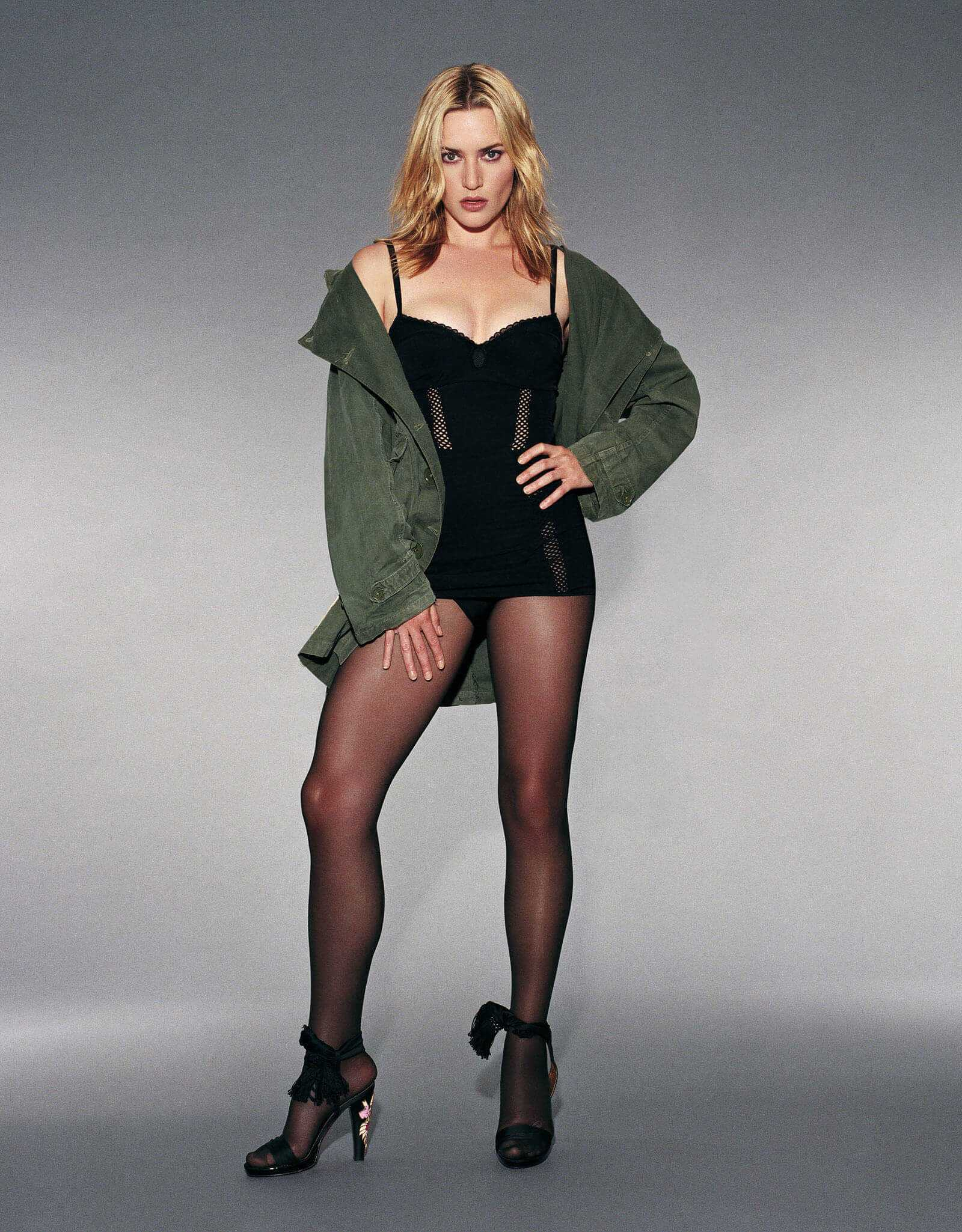 Kate Winslet hot lingerie pics