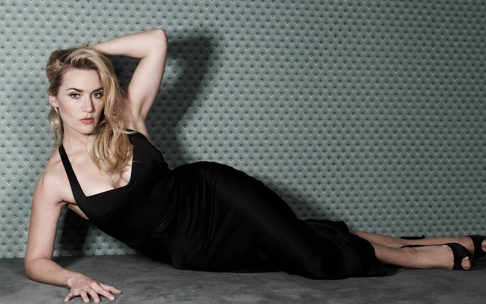 Kate Winslet sexy pictures (2)