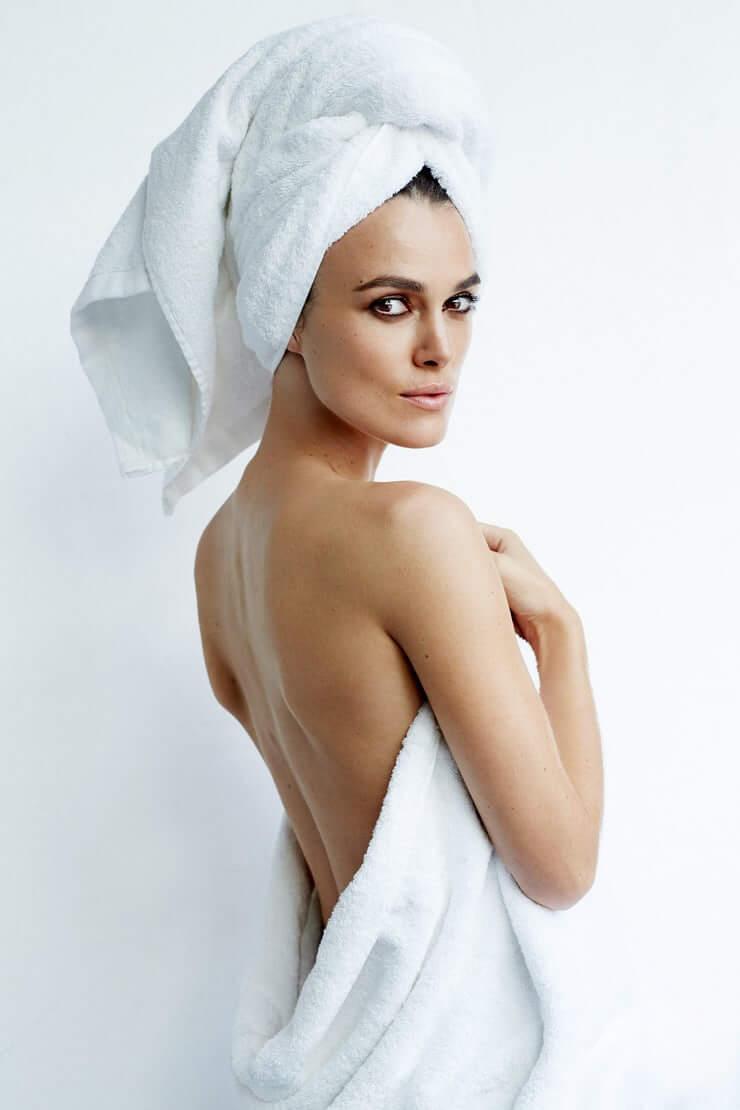 Keira Knightley sexy back pics