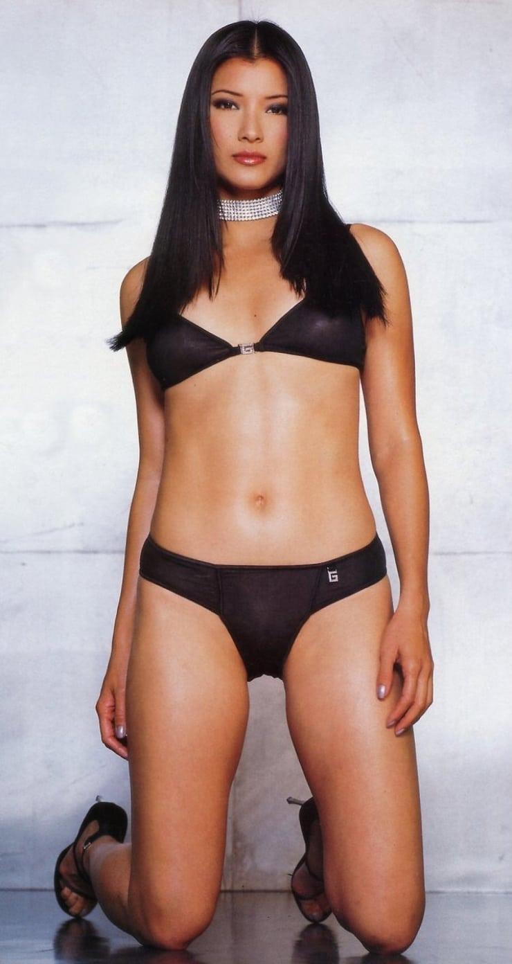 Kelly Hu hot bikini pics