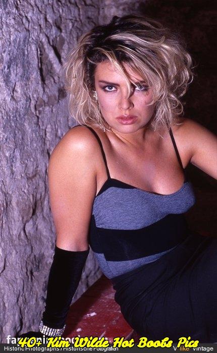 Kim Wilde hot boobs pics