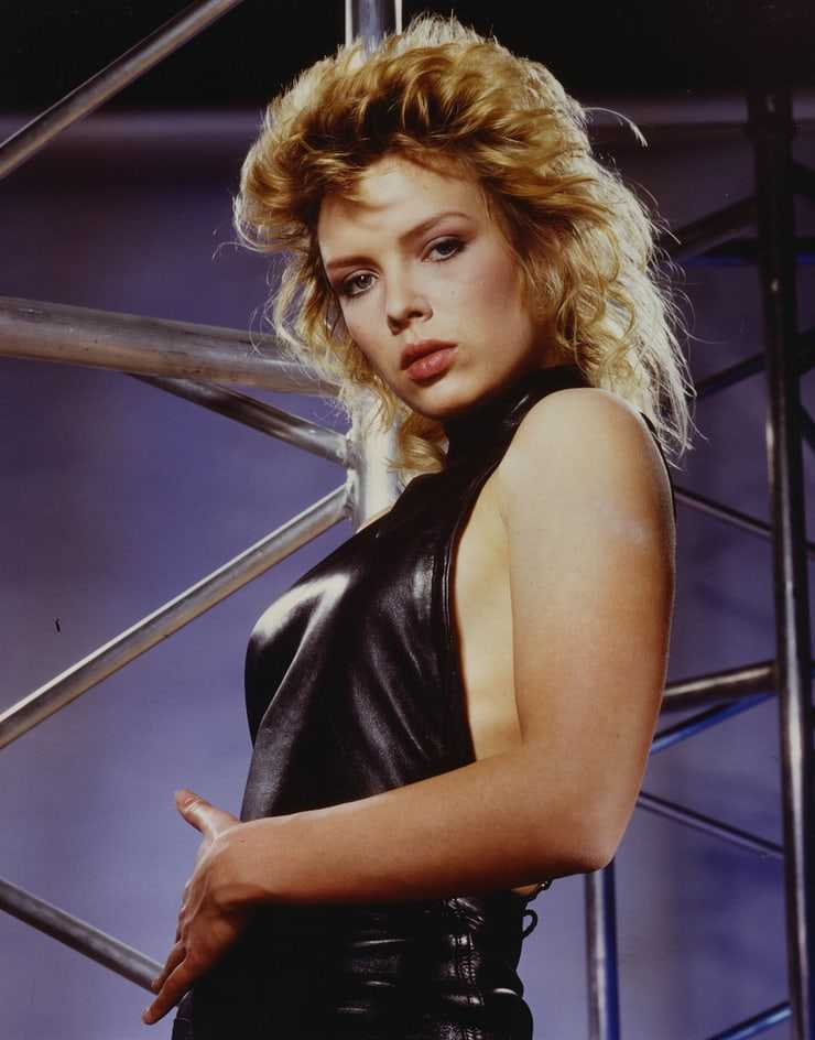 Kim Wilde sexy pictures