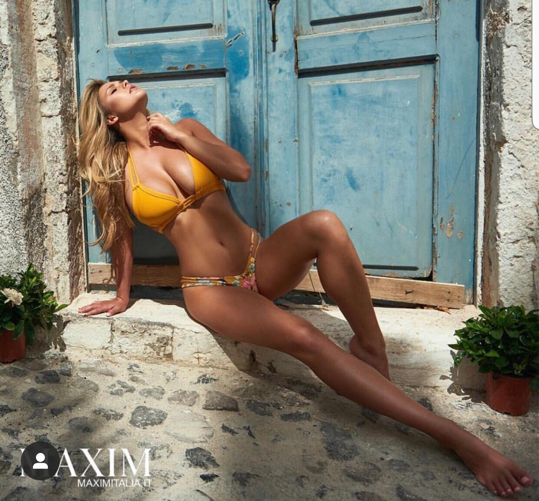 Kinsey Wolanski sexy photos