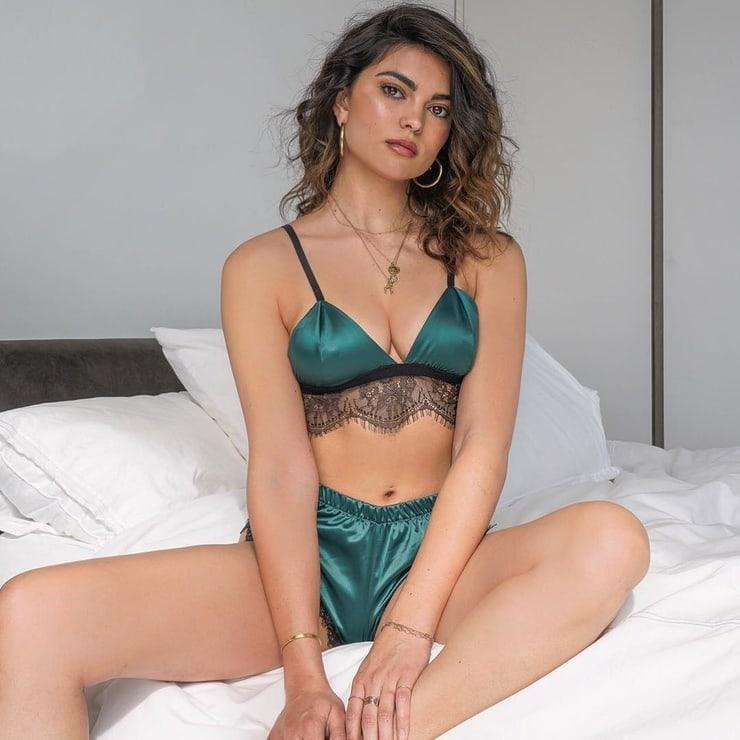 Kyra Santoro hot pics