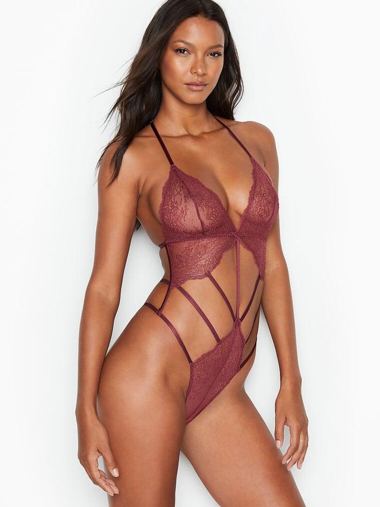 Lais Ribeiro lingerie pics