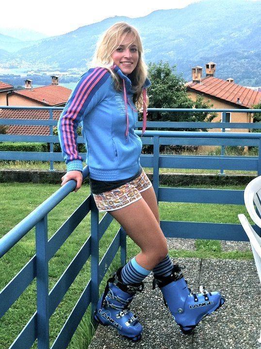 Lara Gut sexy thigh pics