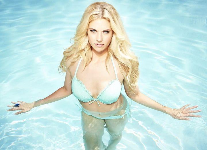 Lauren Sesselmann Topless