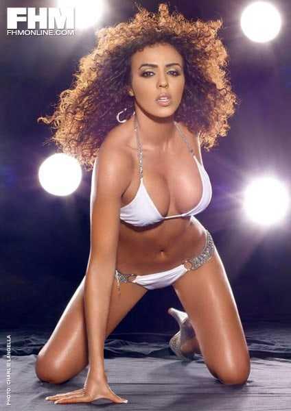 Layla El sexy bikini pictures
