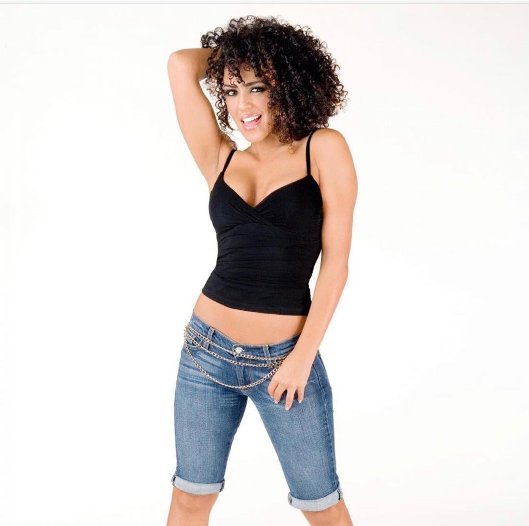 Layla El topless pics