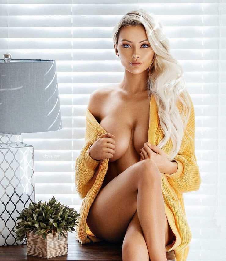 Lindsey Pelas big boobs pics