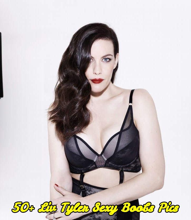 Liv Tyler sexy boobs pics