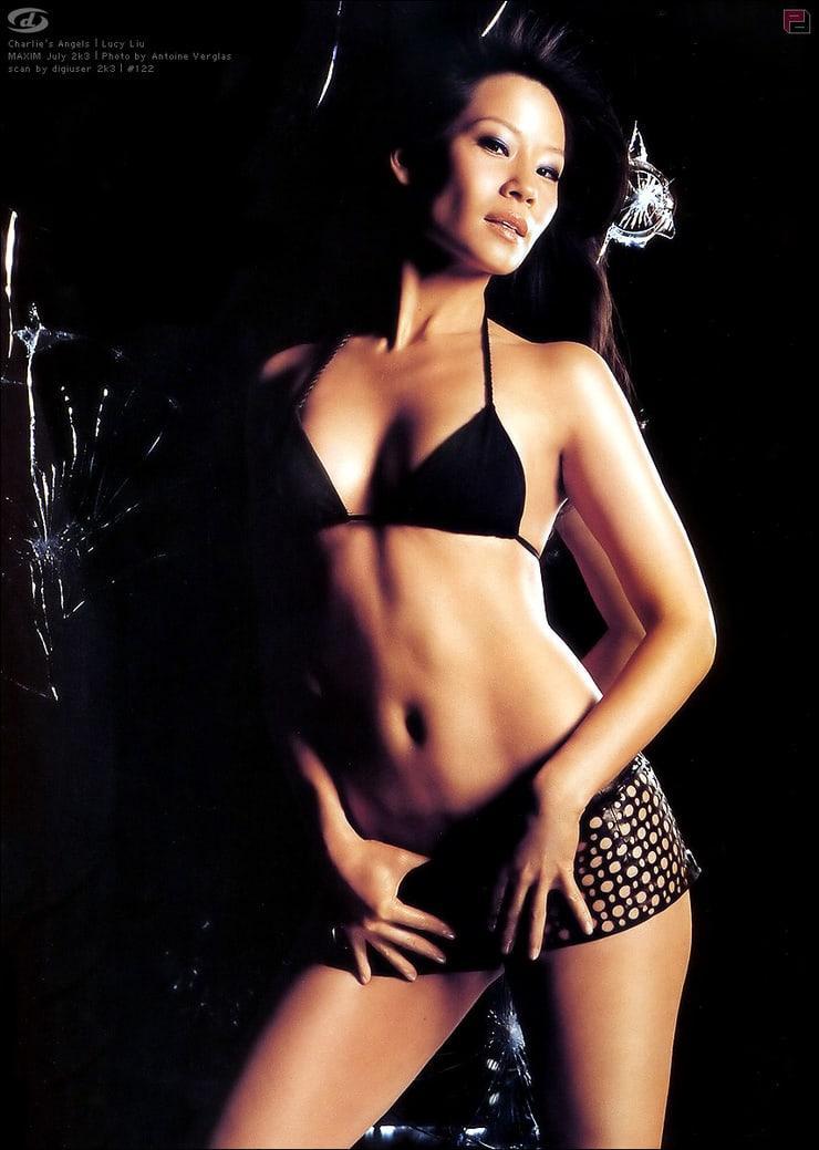 Lucy Liu boobs pics