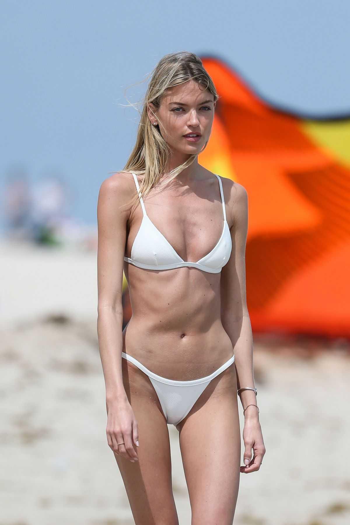 Martha Hunt bikini pics