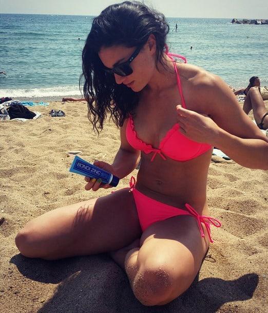 Michelle Jenneke sexy pink bikini pics